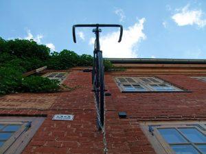 Zalety wieszaków na rowery