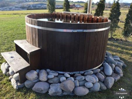 Sauny ogrodowe – ruska bania w ogrodzie bania