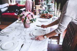 Bieżnik czy serwetka? Co będzie lepsze na świąteczny stół?