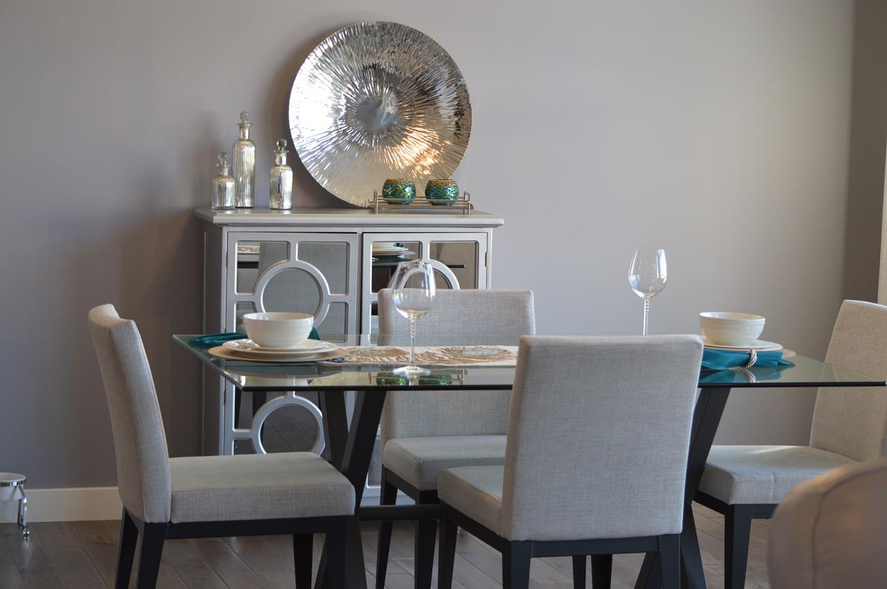 Jak urządzić jadalnię? stoly-do-jadalni