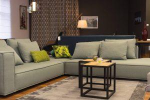Jak wybrać nowoczesne i luksusowe meble tapicerowane do salonu.